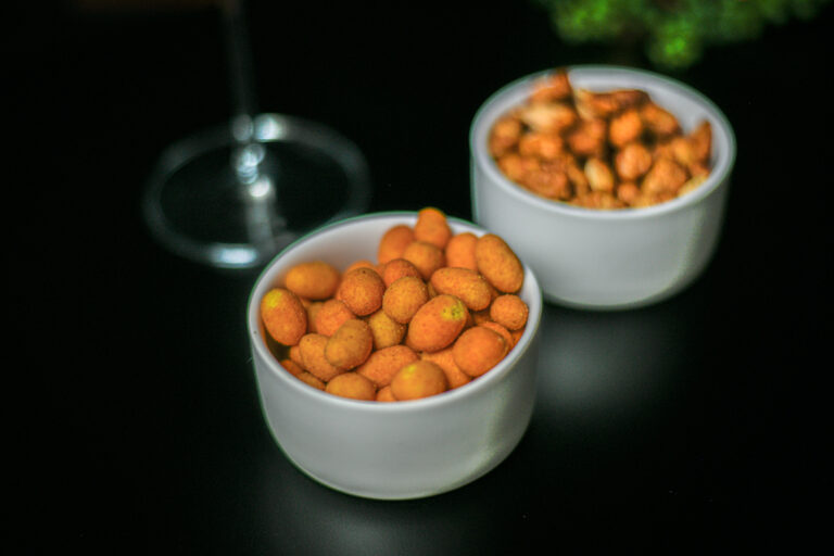 Crispy Coated Chilli Peanuts